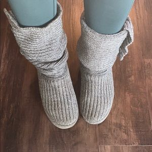 UGG knit gray boot with buttons